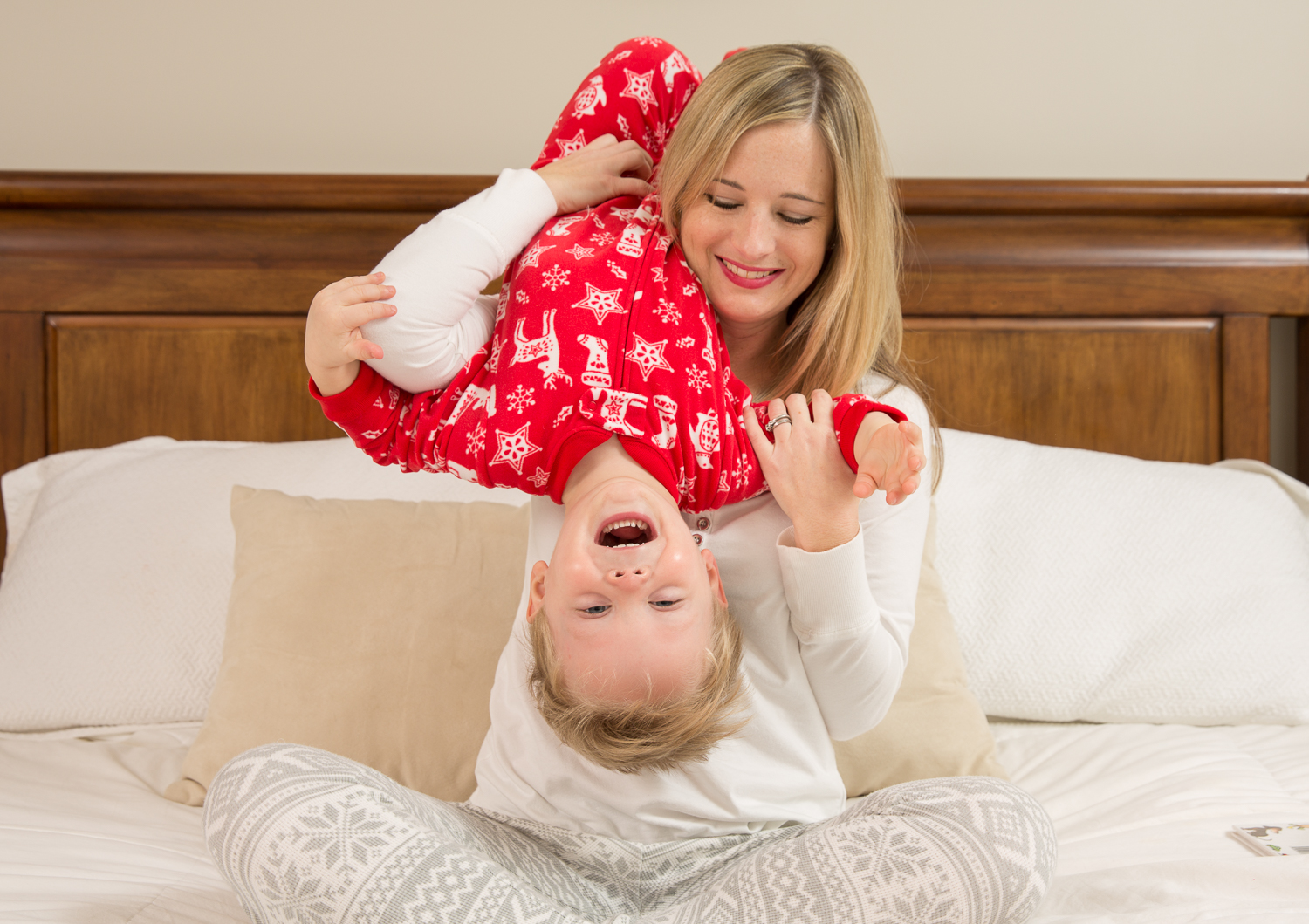 lifestyle photography, mother and mom photos,