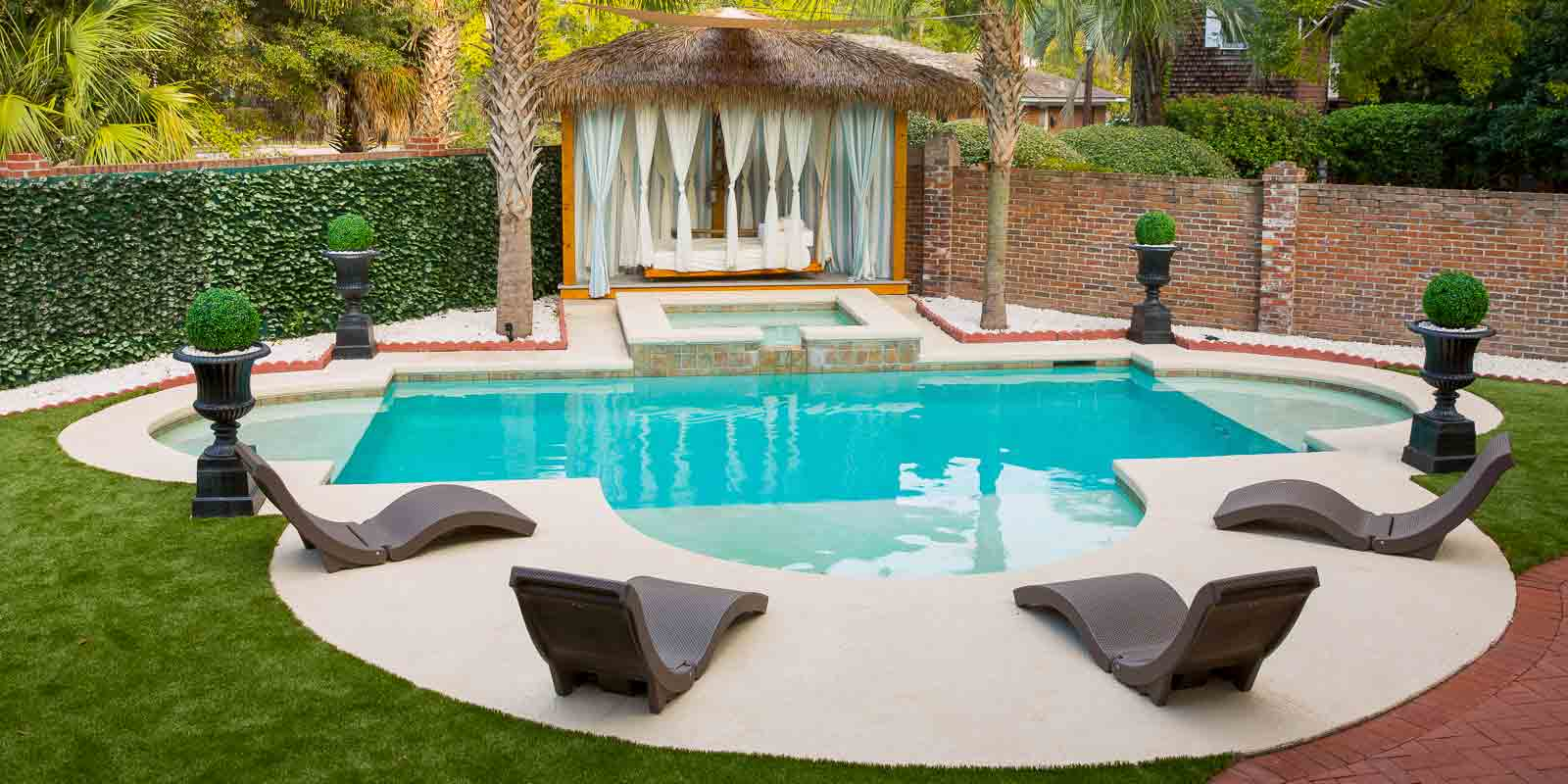 Exterior Architechture photograpy of swimming pool