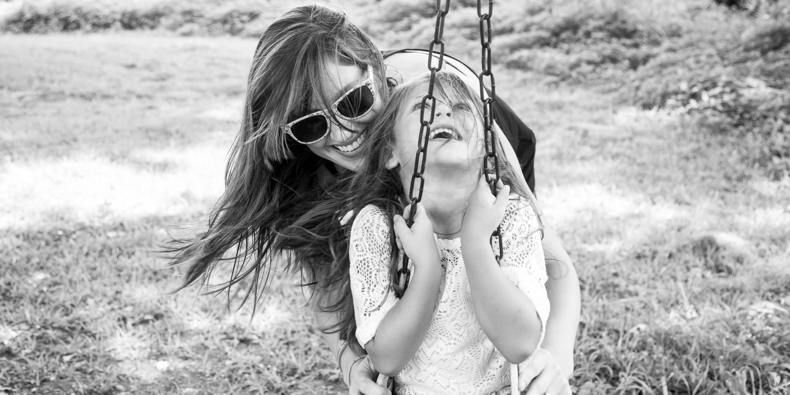 Lifestyle Photography of mother and daughter